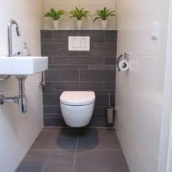 banner desain kamar mandi minimalis kloset duduk
